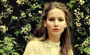 Jennifer-Lawrence-Gioia-Italy-May-2012-00